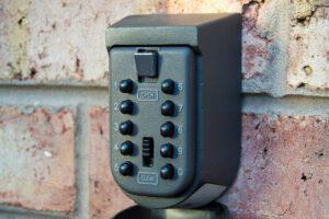 Realtor key box access